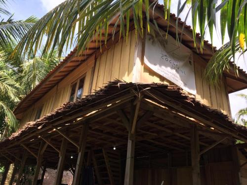 COCOCHILL SURF HOUSE, Lampung Barat
