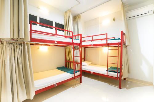 Yosh Hostel, Singkawang