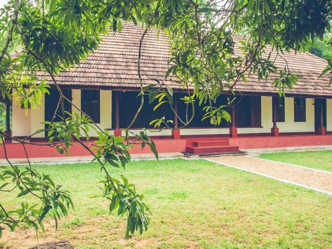 Kuruvinnakunel Tharavadu, Kottayam