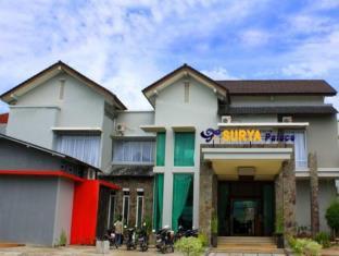 Hotel Surya Palace Syariah, Padang
