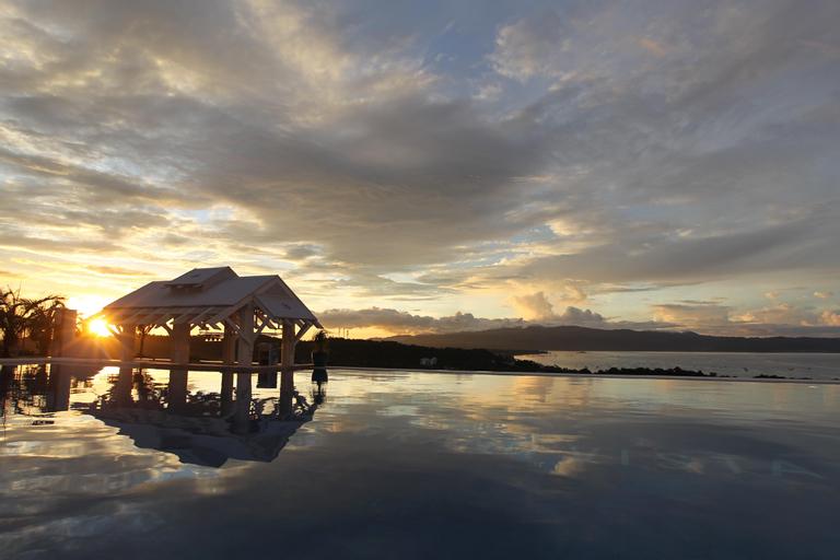 Boracay Grand Vista Resort & Spa, Malay