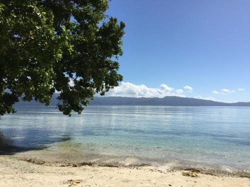 Putih Lessy Indah, Central Maluku