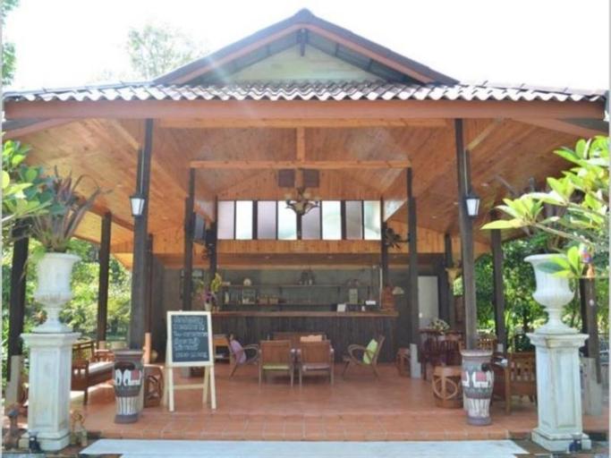 Madam Resort, Wang Chan