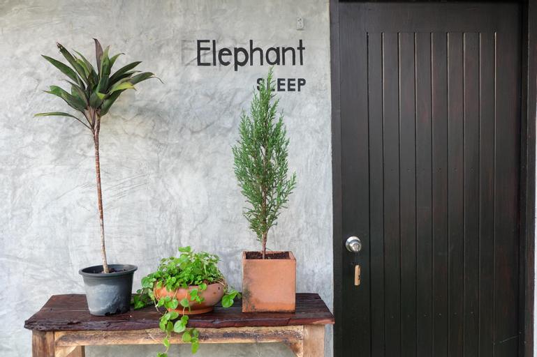 LOM - BON - FUUK home & coworking space, Nong Khae