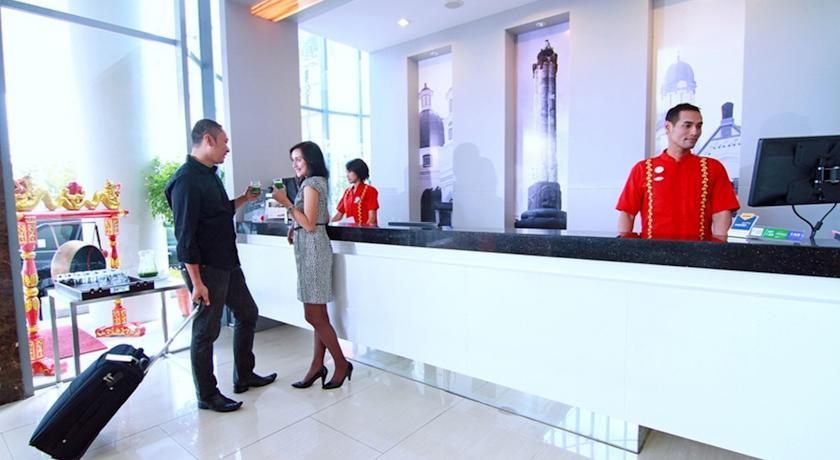 @HOM Semarang Simpang Lima, Semarang