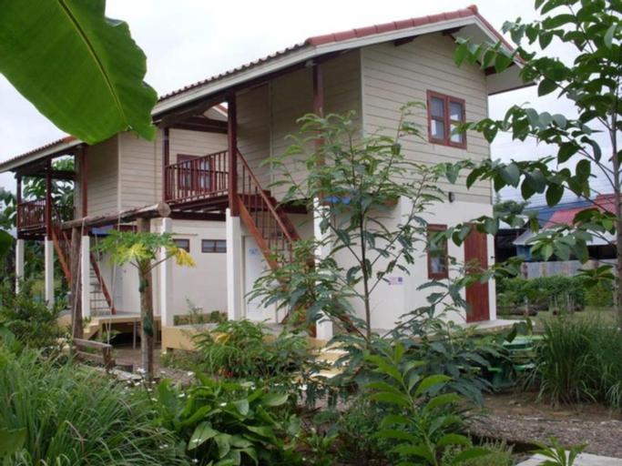 Churn Yuen Pai by Gampanat Guesthouse, Pai
