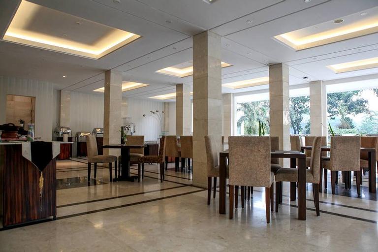 RedDoorz Premium @ Cimbeleuit Atas (RedDoorz - Hotel Sheo And Resort), Bandung