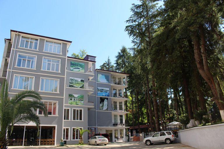 Hulus Hotel, Batumi
