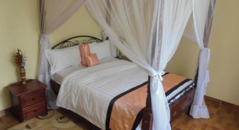 Mayweather Suites, Kiambaa