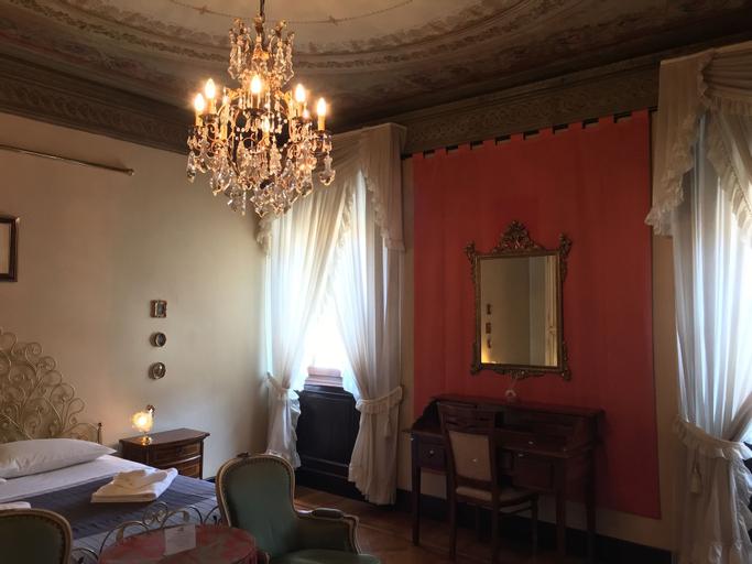 Dimora '800, Ferrara
