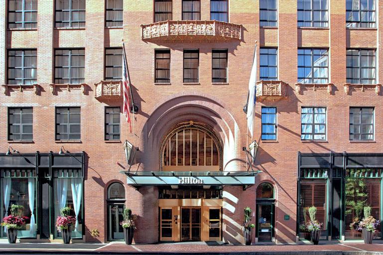 Hilton Boston Downtown Faneuil Hall, Suffolk