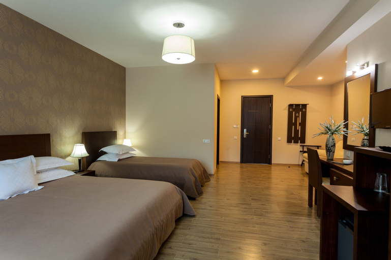 Hotel and SPA Crystal, Borjomi