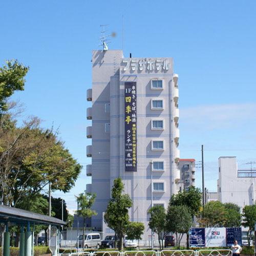 Ryugasaki Plaza Hotel Honkan, Ryūgasaki