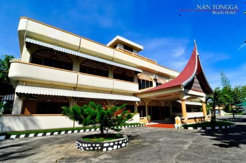 Nan Tongga Beach Hotel, Pariaman