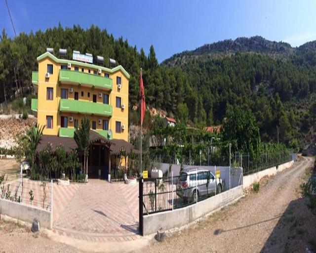 Hotel Bolonja, Lezhës