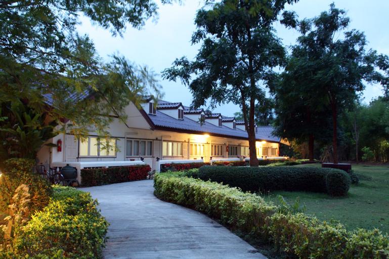 27 Resort, U Thong