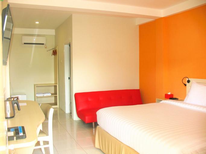 Cengkareng Transit Hotel, West Jakarta