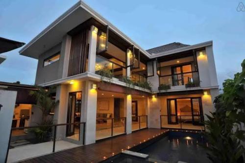 Indah Balangan Villa, Badung