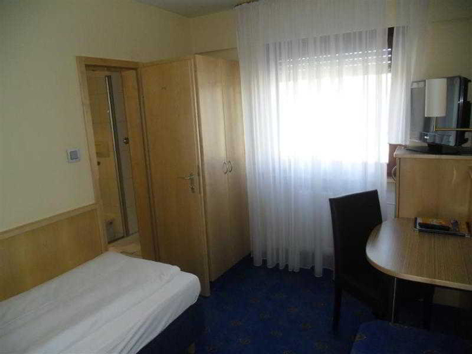 Hotel Stuttgart 21, Stuttgart