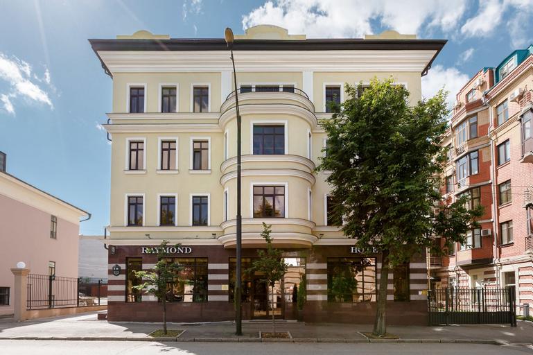 Raymond Hotel, Vysokogorskiy rayon