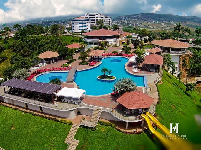 Hillary Nature Resort Spa, Arenillas