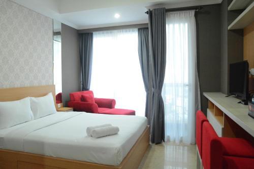 Exclusive Studio At Menteng Park Apartment By Travelio, East Jakarta