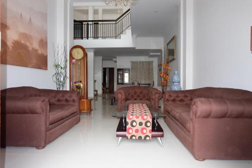 Simply Homy near Maliboro ( 6bedrooms), Yogyakarta