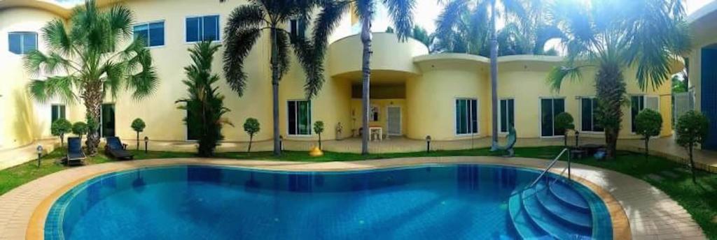 Fancy Pattaya, Bang Lamung