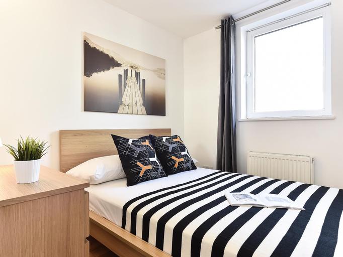 Dock Apartments, London