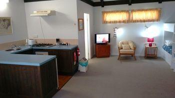 Nuffka Apartments, Norfolk Island