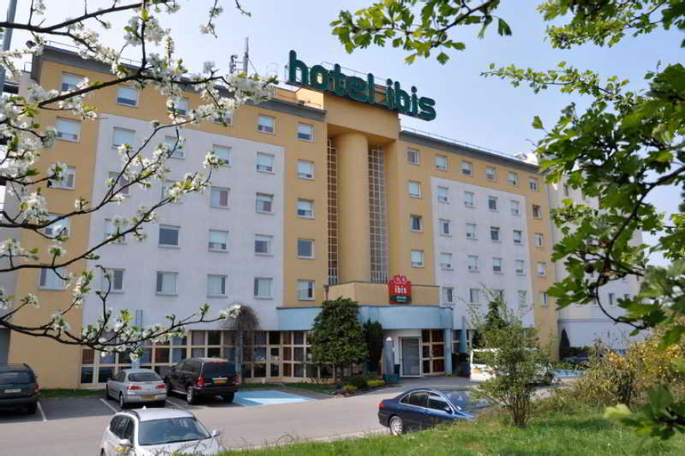 ibis Luxembourg Aéroport, Luxembourg