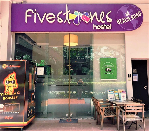 Five Stones Hostel, Rochor