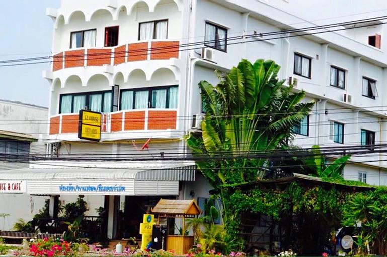 EZ House & Cafe, Muang Sukhothai