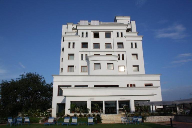 Royal Sarovar Portico Siliguri, Jalpaiguri