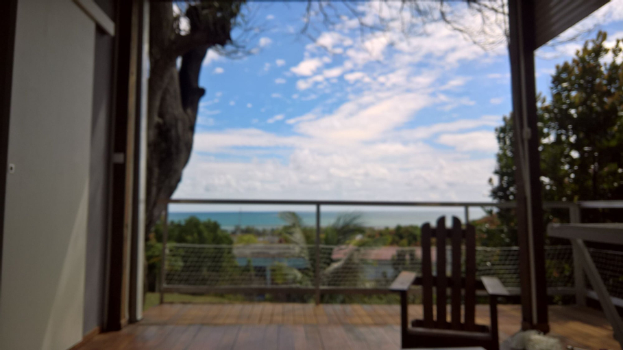 Bungalow With one Bedroom in Petit Bourg, With Wonderful sea View, Fur, Petit-Bourg