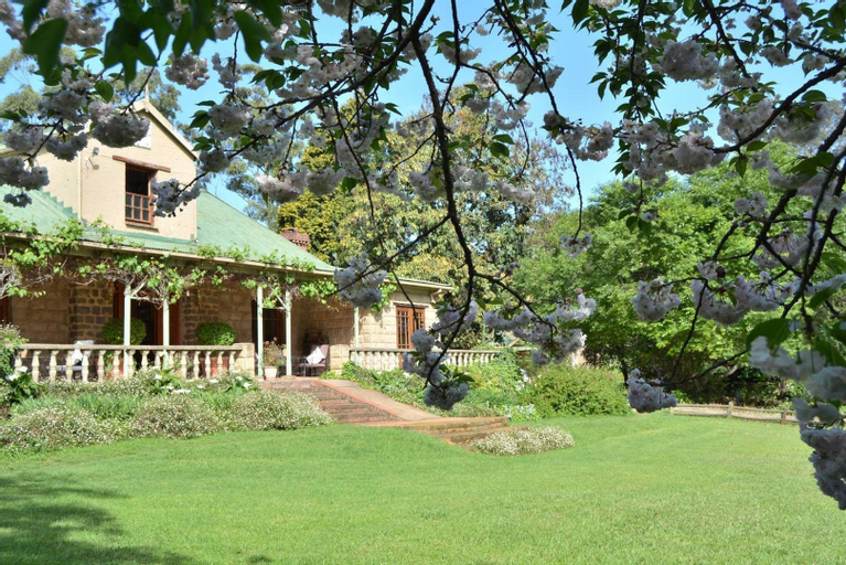 Old Halliwell Country Inn, Umgungundlovu