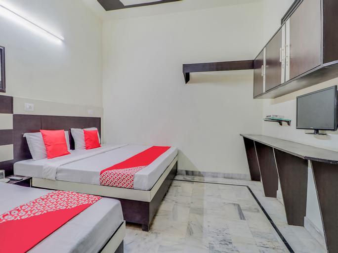 OYO 45903 Royal Guest House, Fatehgarh Sahib