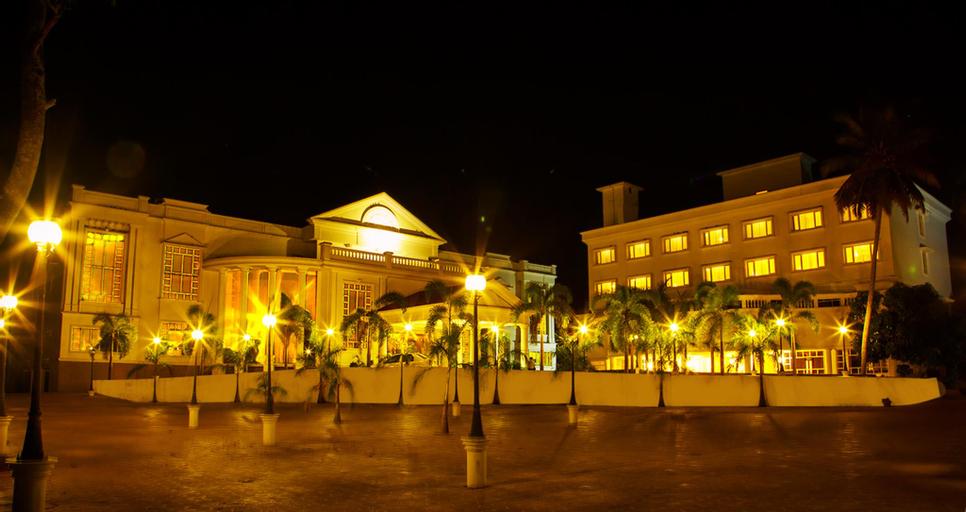 Camelot Hotel, Alappuzha