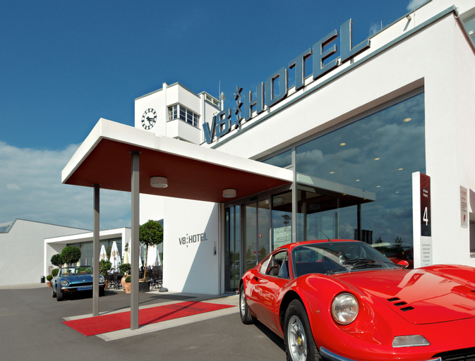 V8 Hotel Classic Motorworld Region Stuttgart, Esslingen