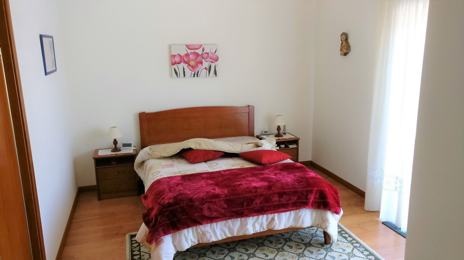 House With 3 Bedrooms in Lourinhã, With Enclosed Garden and Wifi - 1 k, Lourinhã
