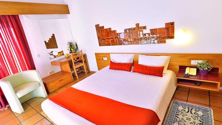 Hotel Apartamento Porto Côvo, Sines