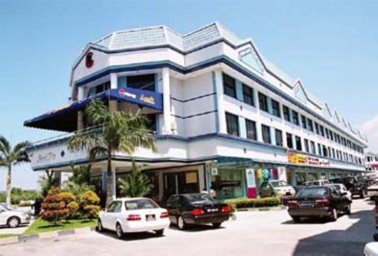 Grand City Hotel, Kilanas