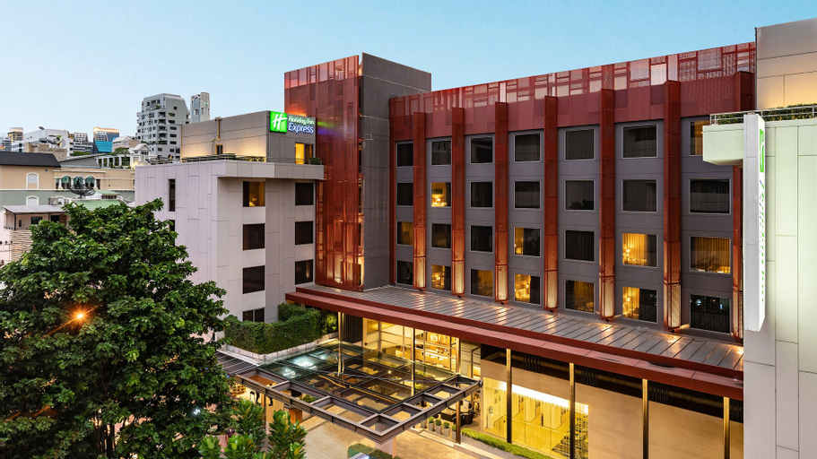 Holiday Inn Express Bangkok Sathorn, Sathorn