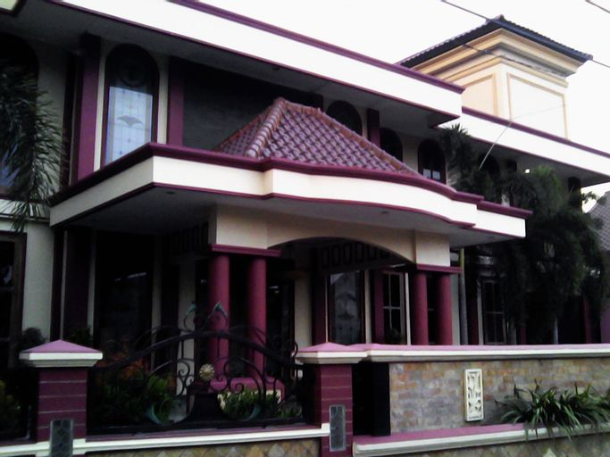 Azifa Guest House, Solo