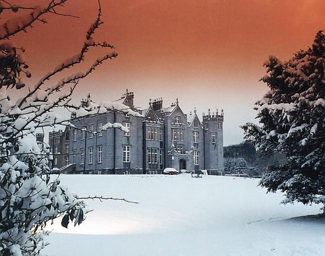 Kinnitty Castle Hotel,