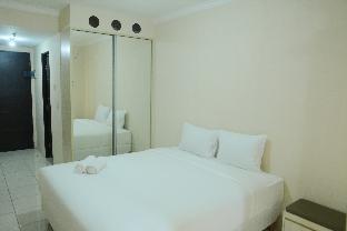 Studio Room at Grand Serpong Apartment By Travelio, Tangerang
