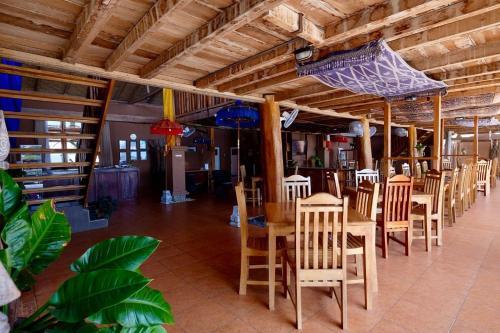Mario Hotel and Cafe, Sumba Barat Daya