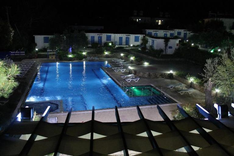 Santoria Holiday Village Hotel,