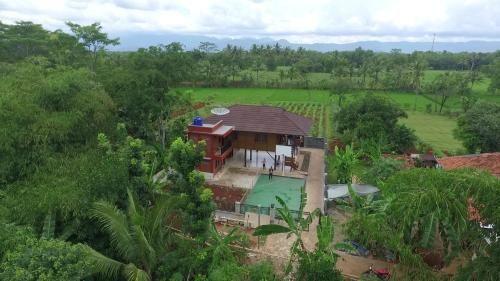 Villa SW Kalimanggis Kulon, Kuningan