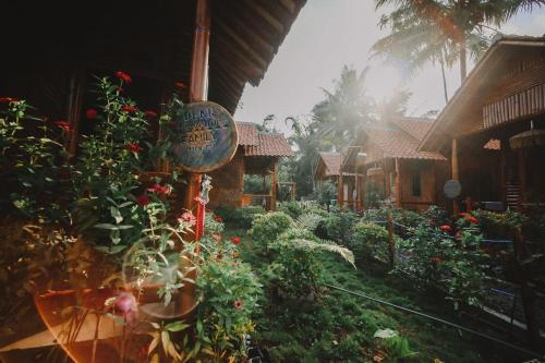 Dear Traveller Guest House and Glamping, Lumajang